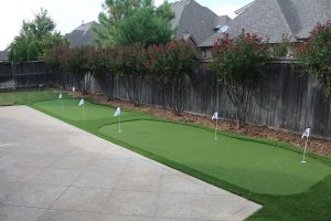 Backyard Synthetic Putting Greens