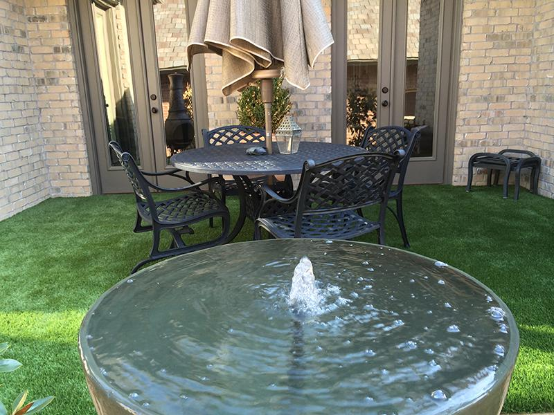 Backyard Patios And Balconies With Synthetic Grass